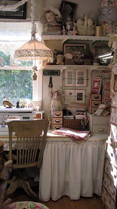 Mix it up - vintage chippy furniture with wicker baskets, floral hat boxes, library-style pull drawers and more make for a fun eclectic look while doing a great job of storing necessities. My Sewing Room, Sewing Spaces, Sewing Rooms, Vintage Crafts, Vintage Craft Room, Conni, Interior Desing, Deco Retro, Dream Studio