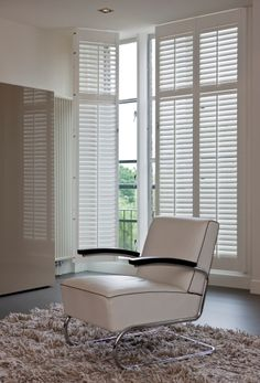 Shutter blinds instead of curtains in guest room or for the Closet in guest room..hmm ~Dahni