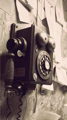 Vintage Telephone - Tap to see more nice vintage wallpaper! - @mobile9