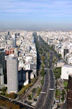 Photos of Buenos Aires in Welcome Argentina, images to enjoy and visit the area. Central America, South America, Argentine Buenos Aires, Wonderful Places, Beautiful Places, Travel Around The World, Around The Worlds, Argentina Travel, Gaucho