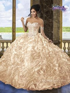 Discover the best and unique wedding Dresses from Mary's bridal collection. Choose your dream bridal wedding dresses from the wide variety of styles, fabrics, necklines, silhouettes and many more. Sweet 16 Dresses, 15 Dresses, Fashion Dresses, Mexican Quinceanera Dresses, Mexican Dresses, Quinceanera Ideas, Mary's Bridal, Bridal Wedding Dresses, Evening Attire