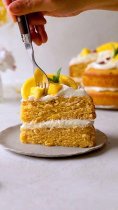 Fun Baking Recipes, Sweet Recipes, Cake Recipes, Cooking Recipes, Rolled Roast, Pizza Shapes, Coconut Muffins, Delicious Vegan Recipes, Tasty