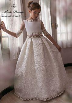 c31147ddef00 Le migliori 75 immagini su vestito comunione bambina del 2019 ...