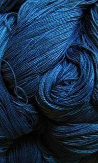 cotton yarn of indigo dyeing / Kojimaya, Japan - Prussian Blue Azul Indigo, Bleu Indigo, Indigo Colour, Indigo Dye, Mood Indigo, Color Blue, Rainbow Aesthetic, Blue Aesthetic, Le Grand Bleu