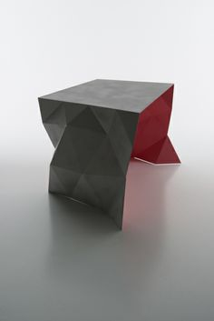 Funkle is a table inspired by childhood memories Metal Furniture, Modern Furniture, Furniture Design, Geometric Sculpture, Mobiles, Interior Decorating, Interior Design, Modern Retro, Furniture Inspiration