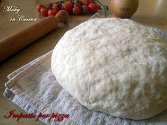 Segreti e ricetta per impasto base pizza