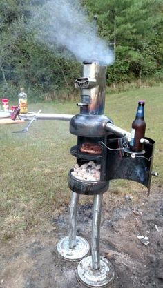 Good Pics Backyard Fire Pit bbq Popular The majority of modern day homeowners are searching for over a traditional solid wood deck with a bbq inside t. Pit Bbq, Backyard Bbq Pit, Welding Art Projects, Metal Art Projects, Diy Projects, Welding Crafts, Diy Welding, Outdoor Fire, Outdoor Decor