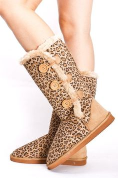 Website For Discount UGG Boots! Super Cute! Check it up!!!