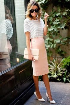 Photo Stripped white shirt + high waisted pastel pink pencil skirt omg amazing business outfit from Being a Bohemian Goddess: Outfit Ideas How to Wear The Boho-Chic Fashion Fashion Mode, Office Fashion, Skirt Fashion, Street Fashion, Corporate Fashion Office Chic, Corporate Wear, Fashion 2018, Fashion Online, Looks Chic