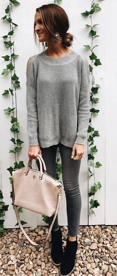 fashionable fall outfit grey sweater + bag + boots + skinny jeans  Fall