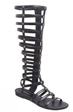 ORDER HERE:https://squareup.com/market/sydiachic-boutique/flat-sandals-donnie