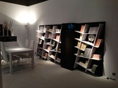 Hablar de PIFERRER en elmundo del mueble es hablar de experiencia, su fundación data del año 1.934. Su última colección i Line diseñada por Jordi Vidal ha supuesto un punto de inflexión dentro de ...
