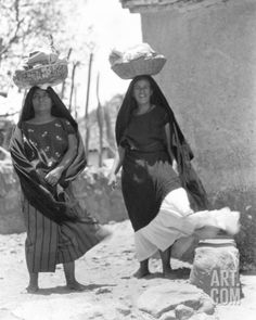 drawings tehuantepec women   Women in Tehuantepec, Mexico, 1929 Photographic Print by Tina Modotti ...