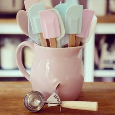 Pastel kitchen utensils. Elena's Tea Room: Passion for Baking