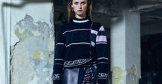 versace pre-fall 2016 Fall 2016, Editorial Fashion, Versace, Fashion Show, Navy Blue, Cute Outfits, Pattern, Jackets, Women