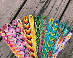 37 Beautiful Threaded Anklet Designs – Love Your Ankle Yarn Bracelets, Embroidery Bracelets, Summer Bracelets, Bracelet Crafts, String Bracelets, Gold Bracelets, Braclets Diy, Trendy Bracelets, Anklet Designs