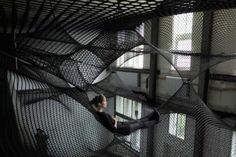crochet artist Numen  This looks like it would be comfortable.