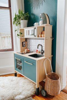 DIY IKEA DUKTIG play kitchen and our favorite pretend kitchen aaccssories. Ikea Toy Kitchen Hack, Diy Kids Kitchen, Toddler Kitchen, Pretend Kitchen, Wooden Play Kitchen, Play Kitchen Sets, Kitchen Hacks, Kitchen Gadgets, Kids Kitchen Accessories