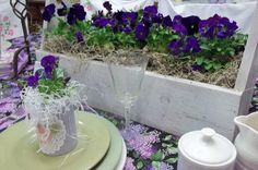 purple pansy wedding table