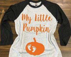 All About That Bump Pregnancy Shirt. Pregnancy T - Maternity Shirts - Ideas of Maternity Shirts - All About That Bump Pregnancy Shirt. Pregnancy T-Shirt. Pregnancy Must Haves, Pregnancy Outfits, Pregnancy Shirts, Pregnancy Clothes, Pregnancy Info, Pregnancy Fashion, Pregnancy Humor, Maternity Wear, Maternity Fashion