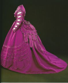 Robe crinoline second empire