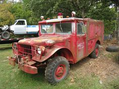 R2 Crash Forcible Entry Emergency Rescue Truck, Kinda like an old yard clunker we had.