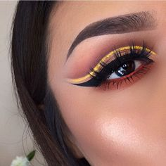 See this Instagram photo by @lupe_mua • 3,032 likes