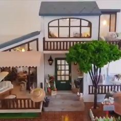 DIY Miniature Dollhouse London Holiday Home with Lights DIY Miniature Dollhouse London Holiday Home with Lights Dollhouse Kits, Modern Dollhouse, Miniature Dollhouse Furniture, Dollhouse Dolls, Miniature Crafts, Miniature Houses, Diy Doll Miniatures, Diy Furniture Videos, Doll House Crafts
