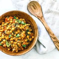 This belly-warming Vegetarian Chickpea Curry With Coconut Milk is the perfect dish to curl up with on cool nights. Makes for a great side dish or main! Vegetarian Chickpea Curry, Chickpea Recipes, Vegetable Recipes, Vegetarian Recipes, Healthy Recipes, Easy Recipes, Coconut Milk Recipes, Coconut Milk Curry, Healthy Food Alternatives
