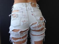 This isn't happiness™ (Graititude), Peteski Sexy Jeans, Cute Ripped Jeans, Ripped Jeans Outfit, Edgy Outfits, Jean Outfits, Cute Outfits, Fashion Outfits, Diy Summer Clothes, Summer Outfits For Teens