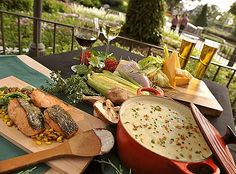 Florida has several wonderful dining opportunities this fall at popular local food festivals, including the 15th Annual Epcot Food and Wine Festival.