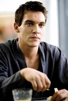 Jonathan Rhys Meyers is one hot Irish man! Loved him in the Tudors. Jonathan Rhys Meyers, The Tudors, Ryan Reynolds, Gorgeous Men, Beautiful People, Beautiful Boys, Pretty People, Pretty Boys, Beautiful Things