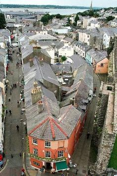 Caernarfon, Gwynedd, Wales is a royal town with a pop. of 9,615.  It is located on the eastern shore of the Menai Strait, opposite the Isle of Anglesey.