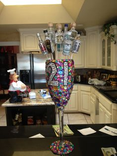 21st birthday cup!!! Someone PLEASE make me this!! Some girl at my work came in and had this the other night!