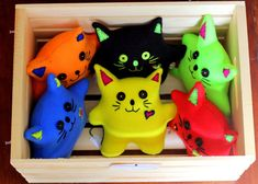 Plush Cat Love Dolls: vibrant colors, soft, adorable and happy faces to brighten any room