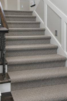 Cheap Carpet Runners For Stairs Grey Stair Carpet, Patterned Stair Carpet, Stairway Carpet, Dark Grey Carpet, Textured Carpet, Diy Carpet, Carpet Ideas, Wall Carpet, Cheap Carpet