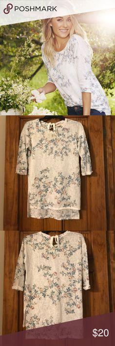 MAKE AN OFFER 👚Lauren Conrad Runway Floral Top Only wore twice - Lauren Conrad Runway Floral Top LC Lauren Conrad Tops