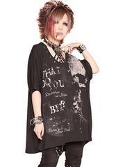SKULL BET? BIG DOLMAN Cutsew Black x White + Deep Gray. See more at http://www.cdjapan.co.jp/apparel/sexpot.html #harajuku #punk