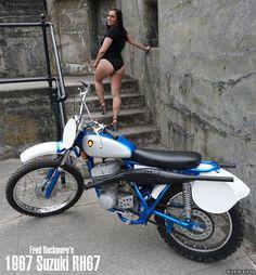 Vintage Motocross, Vintage Motorcycles, Cafe Racer Girl, Dirt Bike Girl, Top Luxury Cars, Scrambler Motorcycle, Dirtbikes, Biker Girl, Car Girls