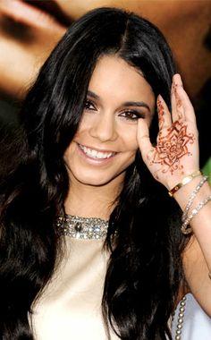 I love henna! Henna Mehndi, Henna Tattoos, Vanessa Hudgens Style, Bollywood, Celebrities, Inspiration, Image, Art, Fashion