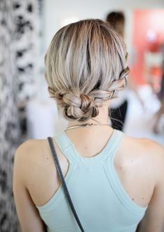 Tame that mane this Summer! Easy hairstyles for the muggiest of muggy.