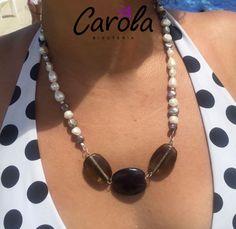 Estilo para todos los gustos, perlas y piedras.   #piedras #perlas #collares #joyería #bisutería #hechoamano #artecolombiano #comprecolombiano #carolabisutería