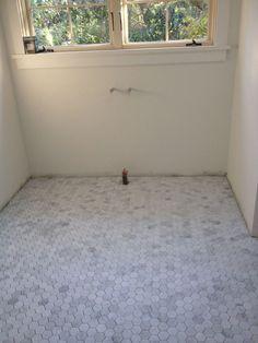 hexagon marble moasic floors for small bathroom