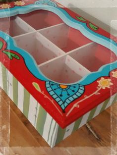 Resultado de imagen para cajas de te pintadas Decoupage, Sweet Home, Inspiration, Furniture, Home Decor, Country, Painted Wooden Boxes, Painted Trays, Picture On Wood