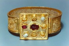 I have always been most interested in the Byzantine Royal Family or Families when it comes to royal and European history. First Prize, European History, Byzantine, Cuff Bracelets, Empire, Things To Come, Accessories, Jewelry, Jewlery