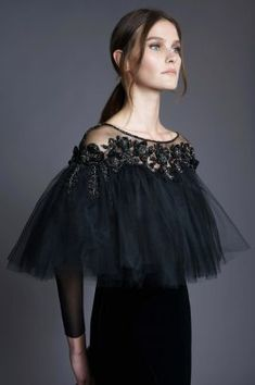 """The Fashion Dish — Chana Marelus Fall/Winter Details """"Wren"""" Beautiful Gowns, Beautiful Outfits, Dresscode, Dresses Elegant, Paris Outfits, Couture Fashion, African Fashion, Evening Dresses, Fashion Dresses"""