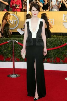 Michelle Dockery in J. Mendel at SAG Awards Red Carpet #style