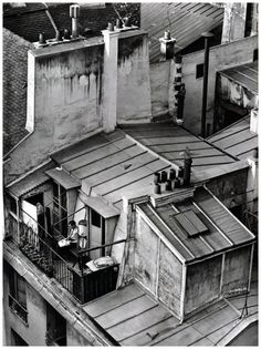 Latin Quarter, Paris — André Kertész, On Reading series (1926)