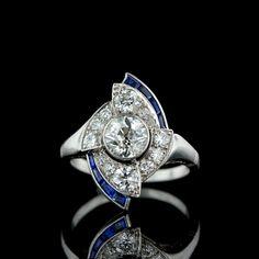 Art Deco Diamond and Calibre Sapphire Cocktail Ring Bijoux Art Deco, Art Nouveau Jewelry, Jewelry Art, Antique Jewelry, Jewelry Rings, Vintage Jewelry, Jewelry Design, Vintage Items, Art Deco Diamond