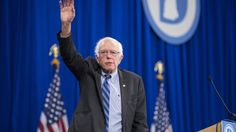 Democratic Presidential candidate Senator Bernie Sanders (I-VT) waves while leaving stage during the New Hampshire Democratic Party State Convention on September 19, 2015 in Manchester, New Hampshire. Five Democratic presidential candidates are all expected to address the crowd inside the Verizon Wireless Arena. (Photo by Scott Eisen/Getty Images)